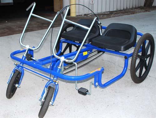 Двухместный трёхколесный велосипед для взрослых