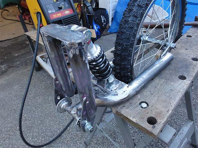 Сварка амортизатора с велоприцепом