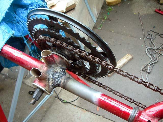 Цепь на одноколёсном велосипеде