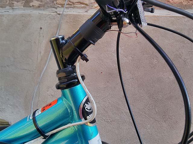 Кабель для велосипедных поворотников