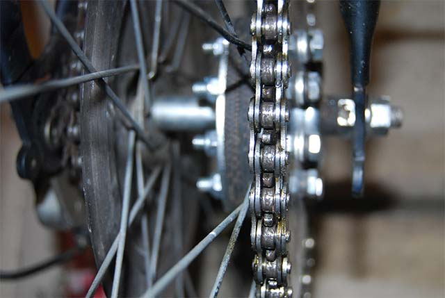 Установка второй цепи и звёздочки на велосипед с бензиновым мотором