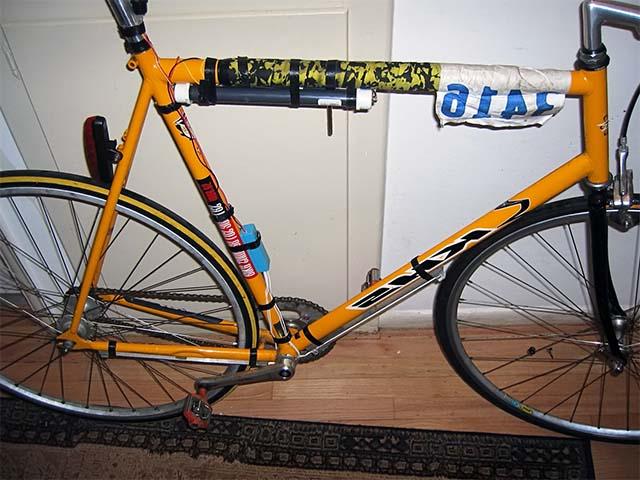Установка люминесцентной подсветки на велосипед