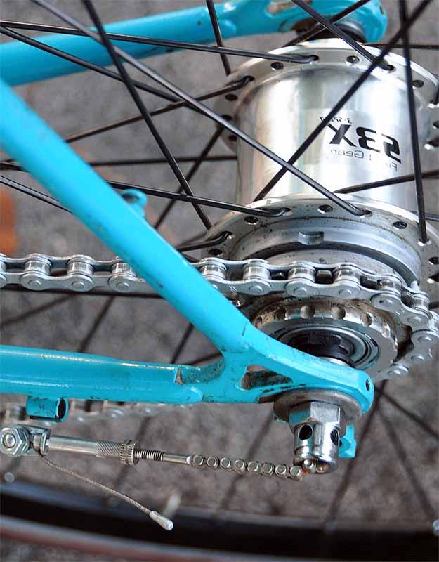 Планетарная втулка Sturmey Archer SX3 на велосипеде