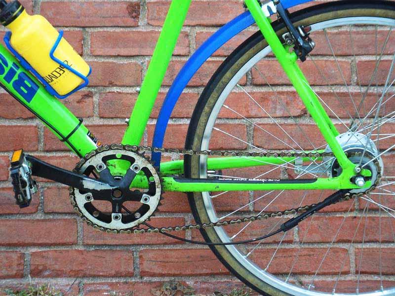 Велосипед с 9-скоростной планетарной втулкой