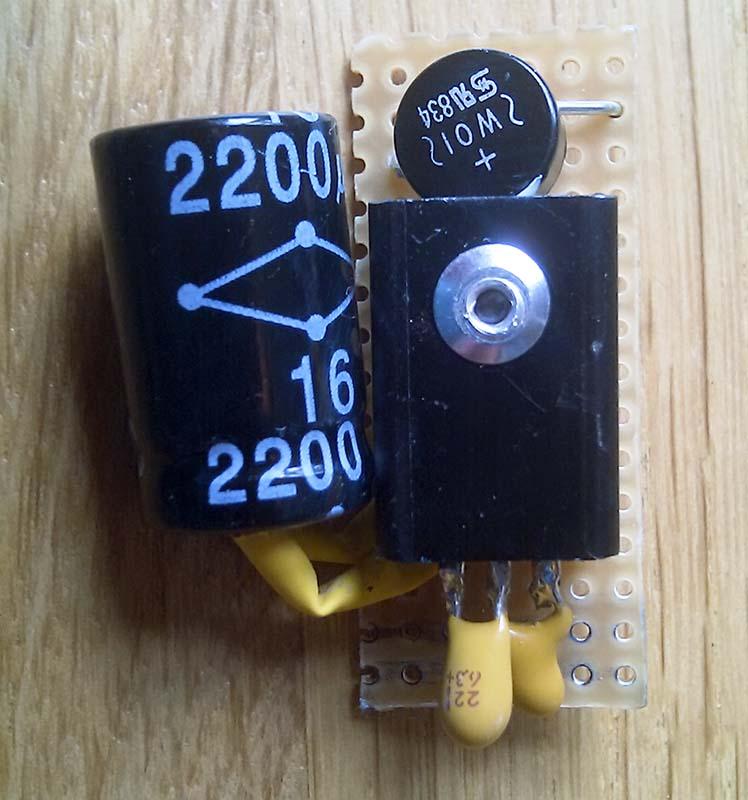 USB зарядка с питанием от динамо-втулки