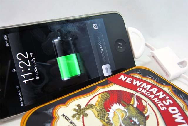 Зарядное устройство для телефона на базе литий-ионного аккумулятора