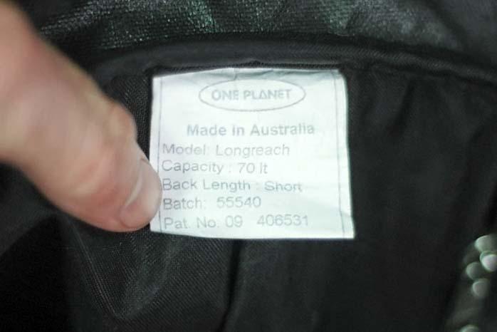 Инструкции по стирке рюкзака на этикетке