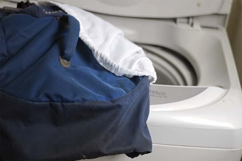 Извлечение рюкзака после стирки в стиральной машине