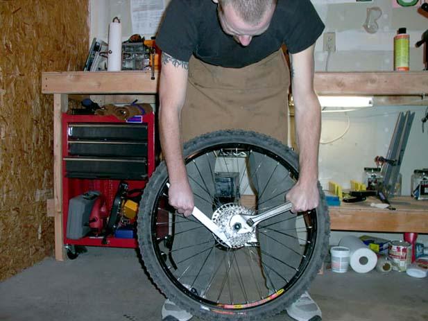 Снятие задней кассеты велосипеда