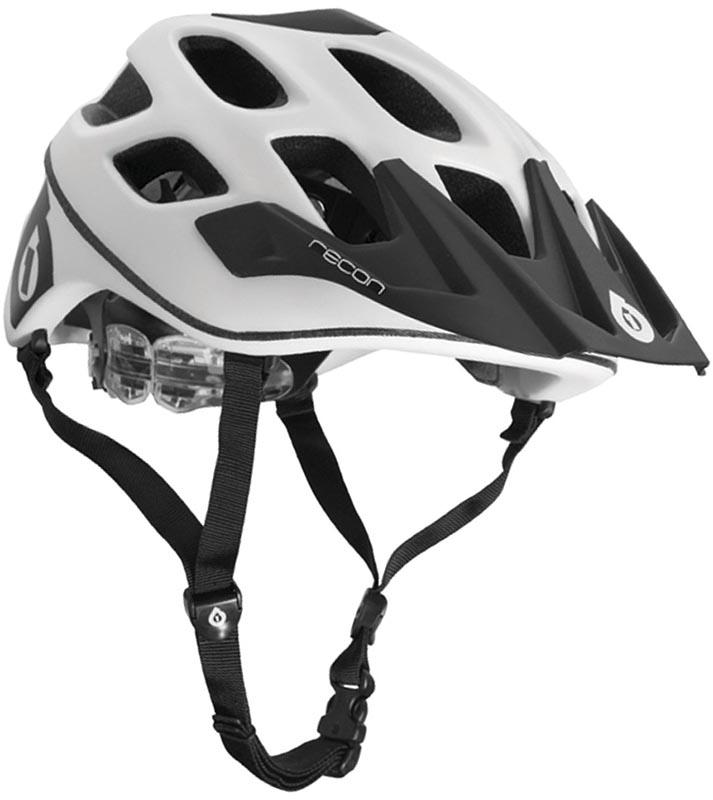 Хороший недорогой шлем для горного велосипеда SixSixOne Recon Stealth