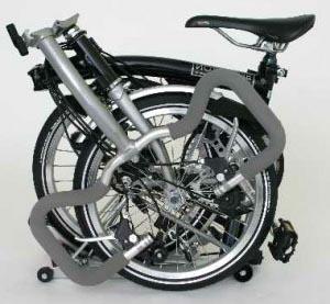 Велосипед Brompton в сложенном состоянии