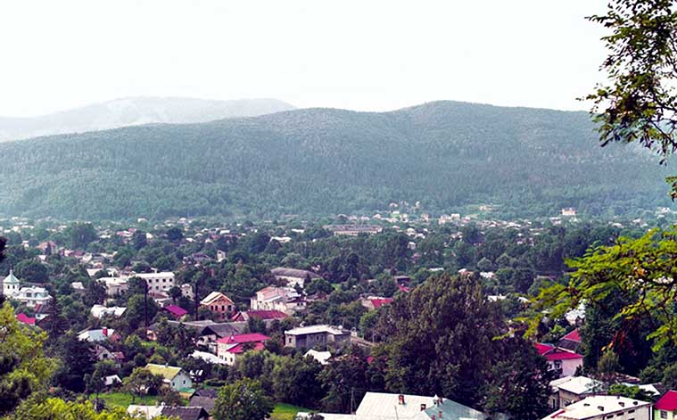 Вид на город Косов