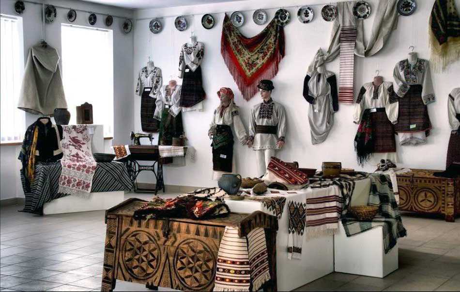 Музей народного творчества Михаила Струтинского Радуга