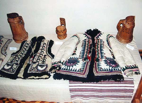 Гуцульская вышивка