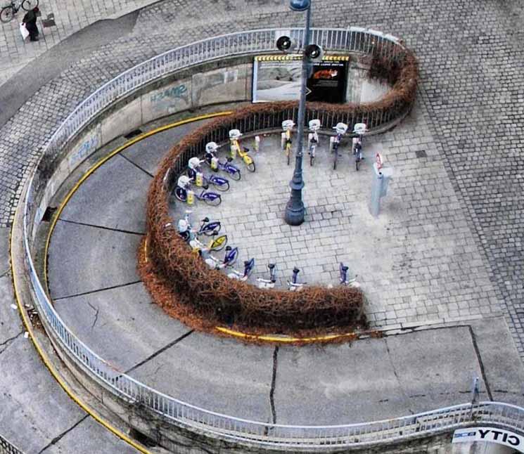Велосипедная парковка в Европе