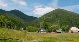 Село Татаров в Карпатах